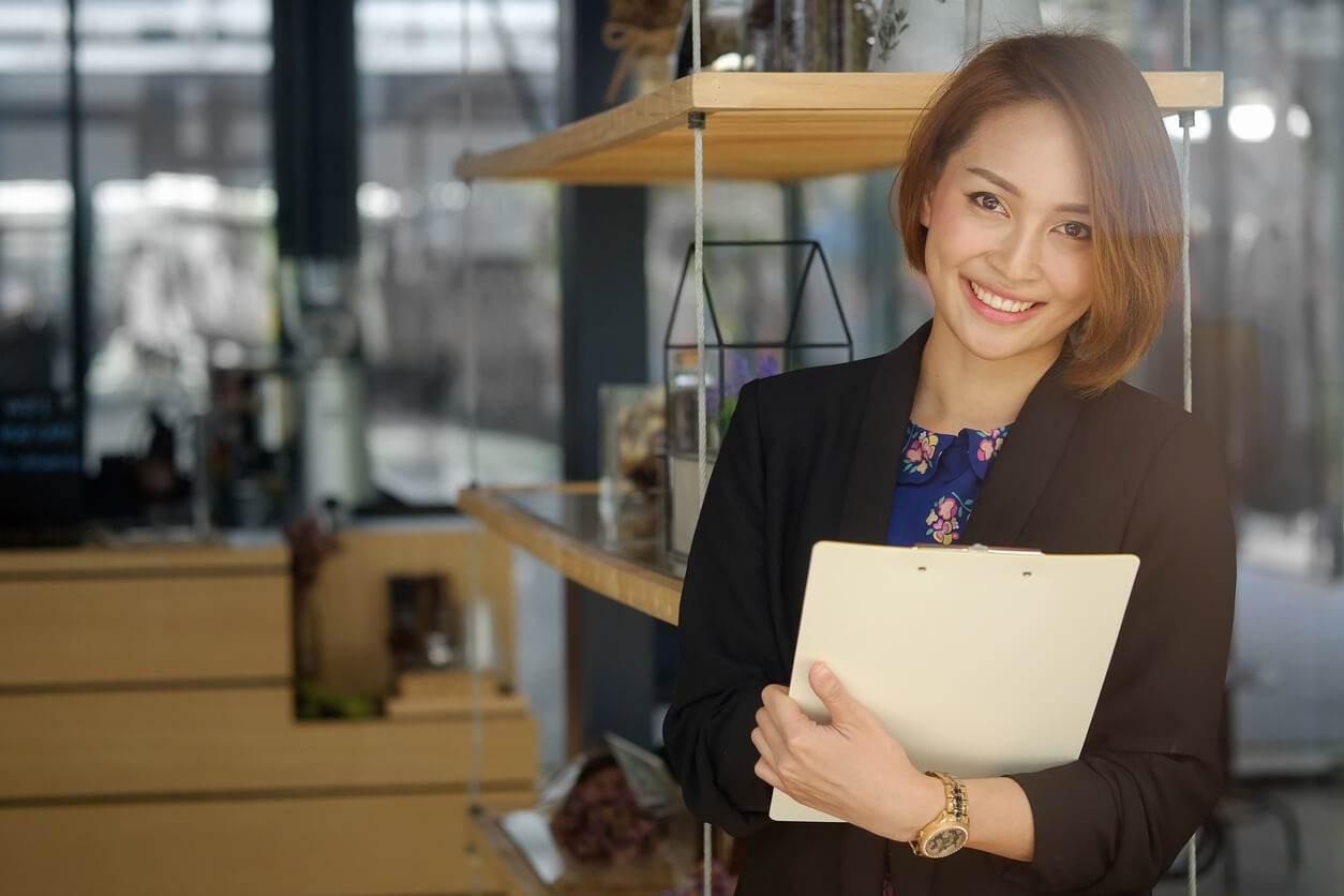 becoming an executive assistant